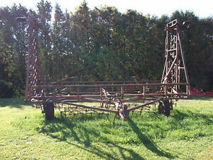 30' Diamond Folding Harrows