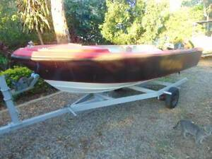 boat motors and trailerspiderman boat Macleay Island Redland Area Preview