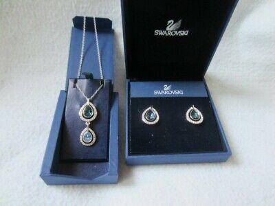 Swarovski pendant necklace and earrings set