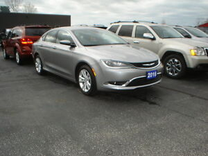 2016 Chrysler 200-Series Limited Sedan