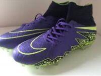 Size 8 Purple and volt yellow Nike hyper venom football boots PLEASE READ DESCRIPTION
