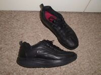 SKECHERS men's shoes size 7,in very good condition-post it