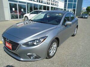 2014 Mazda Mazda3 **BACKUP CAM, HEATED SEATS & BLUETOOTH** GS