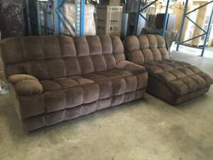 NEW LOUNGE CHAISE SUITE