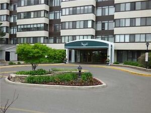 Large 2 bed 2 bath condo - Don Mills/Finch