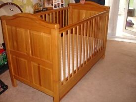 Kidsmill California Honey Cot Bed with Storage Drawer