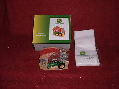 "2004 Issue JOHN DEERE ""Polyresin"" ""Collectible"" NAPKIN HOLDER w/DINNER NAPKINS"