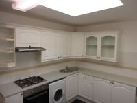 Charming three bedroom 2 bathroom flat with outside space two minutes from Streatham Station.