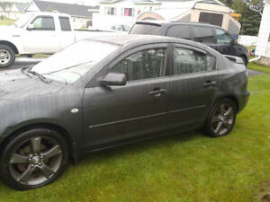 "2005 Mazda3-17""Rims,Spoiler.Needs rear brakepads/calipers/rotors"