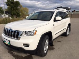 2011 Jeep Grand Cherokee Laredo/5.7 L Hemi/Leather/Nav