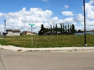 CORNER LOT! PERFECT FOR BUILDING YOUR DREAM HOME - TOFIELD