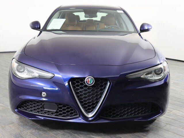 Off Lease Only 2018 Alfa Romeo Giulia AWD Intercooled Turbo Premium Unleaded I-4
