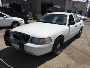 2011 FORD CROWN VICTORIA POLICE pack 123 KM GAR 1 AN FINANCEMENT