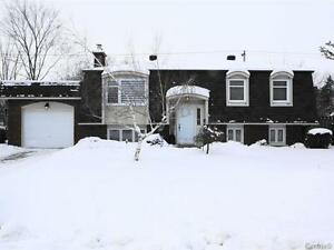 Maison A Vendre / House for Sale Montreal Beaconsfield Beacon hi