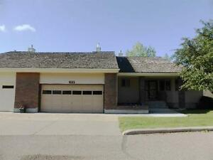 REDUCED! RARE Opportunity! Walkout Bungalow on Ravine Lot!