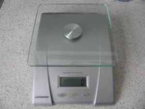 Balance/peser digital Starfrit - Digital scale 5kg