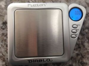 Jewellery small digital blade scale, brand new in the box