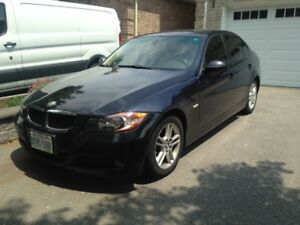 2007 BMW 328xi AWD in mint condition with Safety