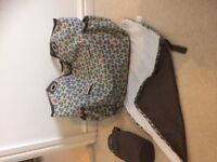 Mamas and Papas changing bag multiple pockets/bottle holder/changing mat