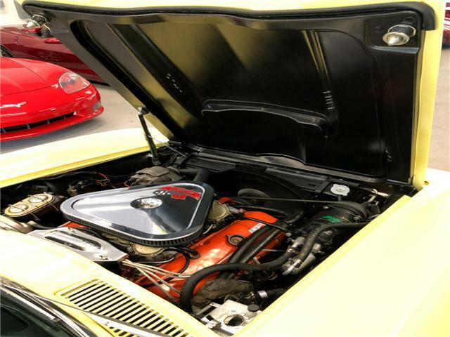 1967 Yellow Chevrolet Corvette   | C2 Corvette Photo 9