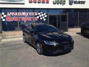 20% Off MSRP on all 2016 Chrysler 200 Vehicles in stock Kitchener / Waterloo Kitchener Area image 3