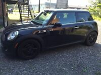 2012 MINI Classic Mini Baker Street Coupe (2 door)