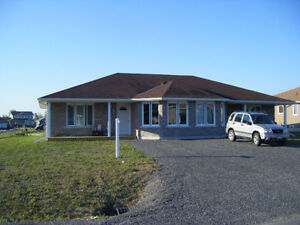 2 Bedroom semi-detached home – Iroquois - $950/month