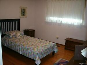 Main Floor of 4 – Bedroom house close to U of M for Sep1