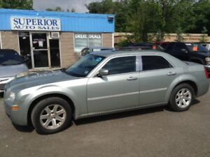 2006 Chrysler 300 fully Certified! No Accidents!