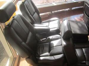 TAHOE FRONT/MID/REAR LEATHER SEATS 07-14 Peterborough Peterborough Area image 6