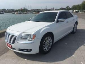 2014 Chrysler 300 $25495