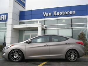 2013 Hyundai Elantra GLS  stick shift