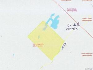St Hippolyte, terre de 145,8 arpents