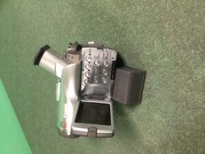 Used CANON digital viedo camcorder