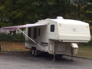 Roulotte Campeur RV PROWLER FIFTH WHEEL CAMPER 1991