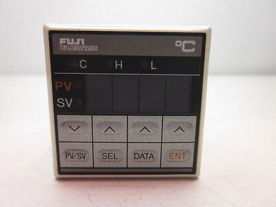 Lot Of 2 Fuji Electric Pyz4hby1-oy-u Temperature Controller