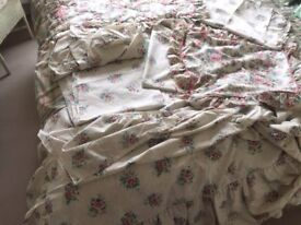 Complete Set of M&S Single Bedlinen: Double sided Duvet cover, 2 fitted sheets & more.Collect Fulham