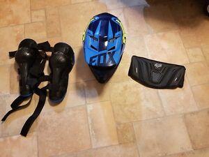 Dirt  Bike Helmet knee pads kidney belt Buccan Logan Area Preview