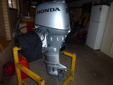 30 hp Honda outboarrd