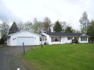Wow! Only 189,900! 3 minutes from City limits! 2 garages!