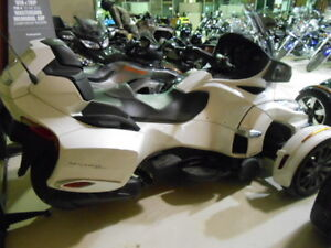 new 2016 CAN AM SPYDER RT-S 1330   $31500