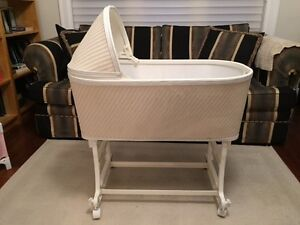 Classic Baby Bassinet