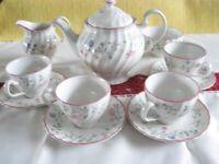 Johnson Bros China Summer Chintz teaset pot jug sugar cups saucers