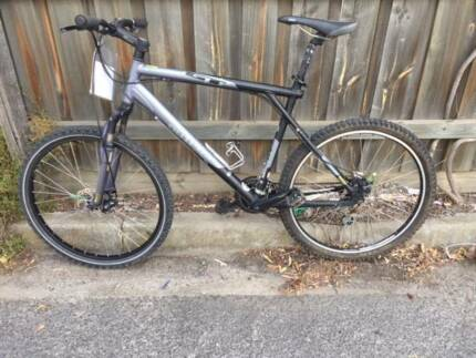 GT mountain bike XL frame - Refurbished