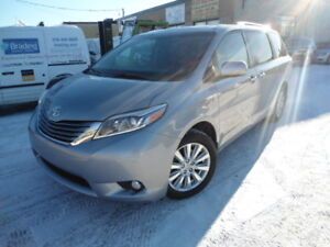 2017 Toyota Sienna XLE 7PASS AWD Sunroof Nav Heated Lther