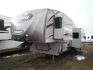 2016 Sabre Silhouette 312RKDS Rear Kitchen 5th Wheel 2 Slides
