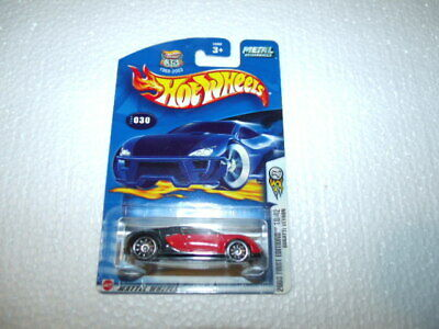 Hot Wheels 2003 First Edition Bugatti Veyron in protector VHTF