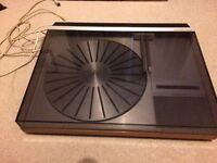 Bang and Olufsen Record Player and Amp - Spares or Repairs