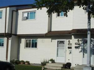 1/2 Off First Month Rent-Townhouse Located North Edmonton.Pet Ok