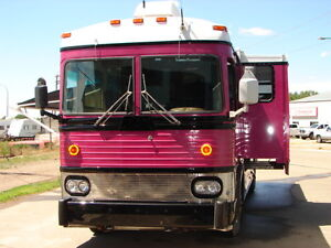 !977 MCI-5B converted bus--8v71 Detroit with 4 speed manual